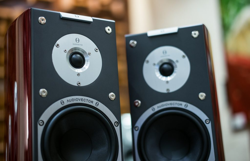 Bookshelf speakers used as surround sound speakers