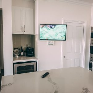 Kitchen TV Wall Mount on a swivel bracket