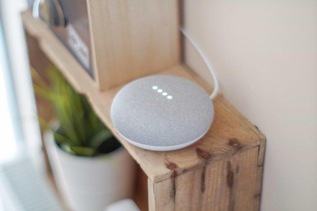 Google Smart Home Hub